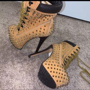 Zigi Girl Studded boots, BARELY worn!!!
